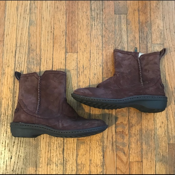 4c2f494994c UGG | 'Neevah' Brown Suede Winter Boot